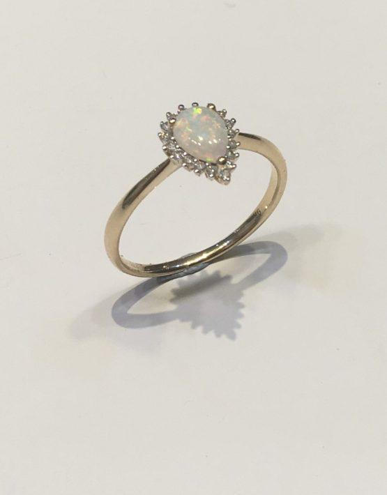 pear shaped opal ring