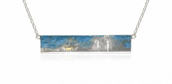 couple & dog necklace distance