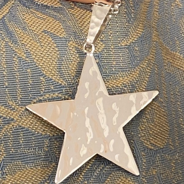 Hammered Star Pendant Close