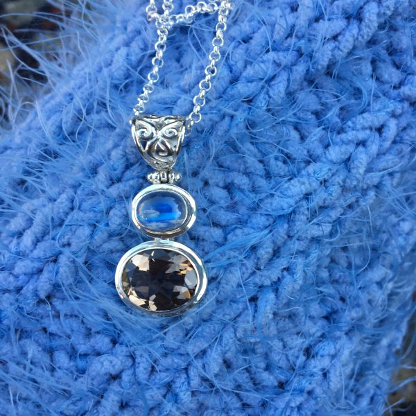 Smoke on the Water pendant on Blue