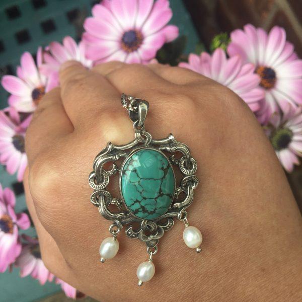 Turquoise daydream Pendant
