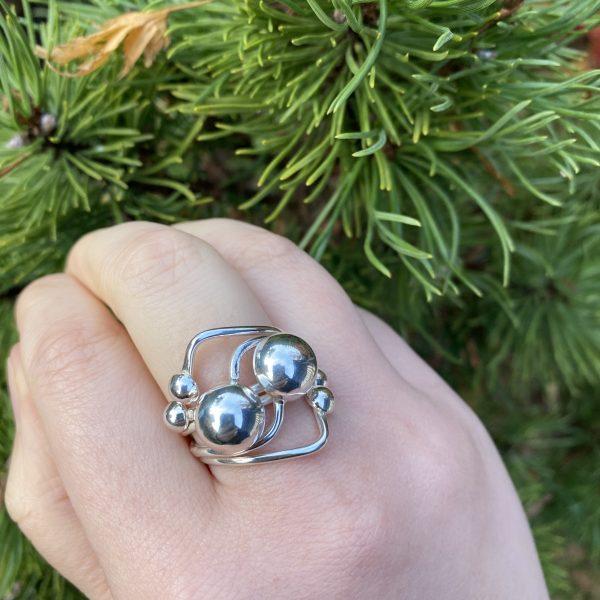 silver balls ring close