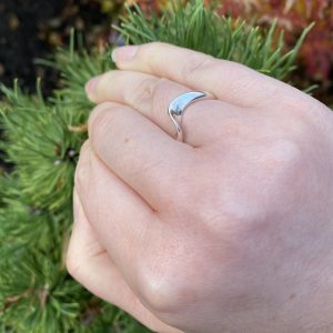 silver wave ring on LJ